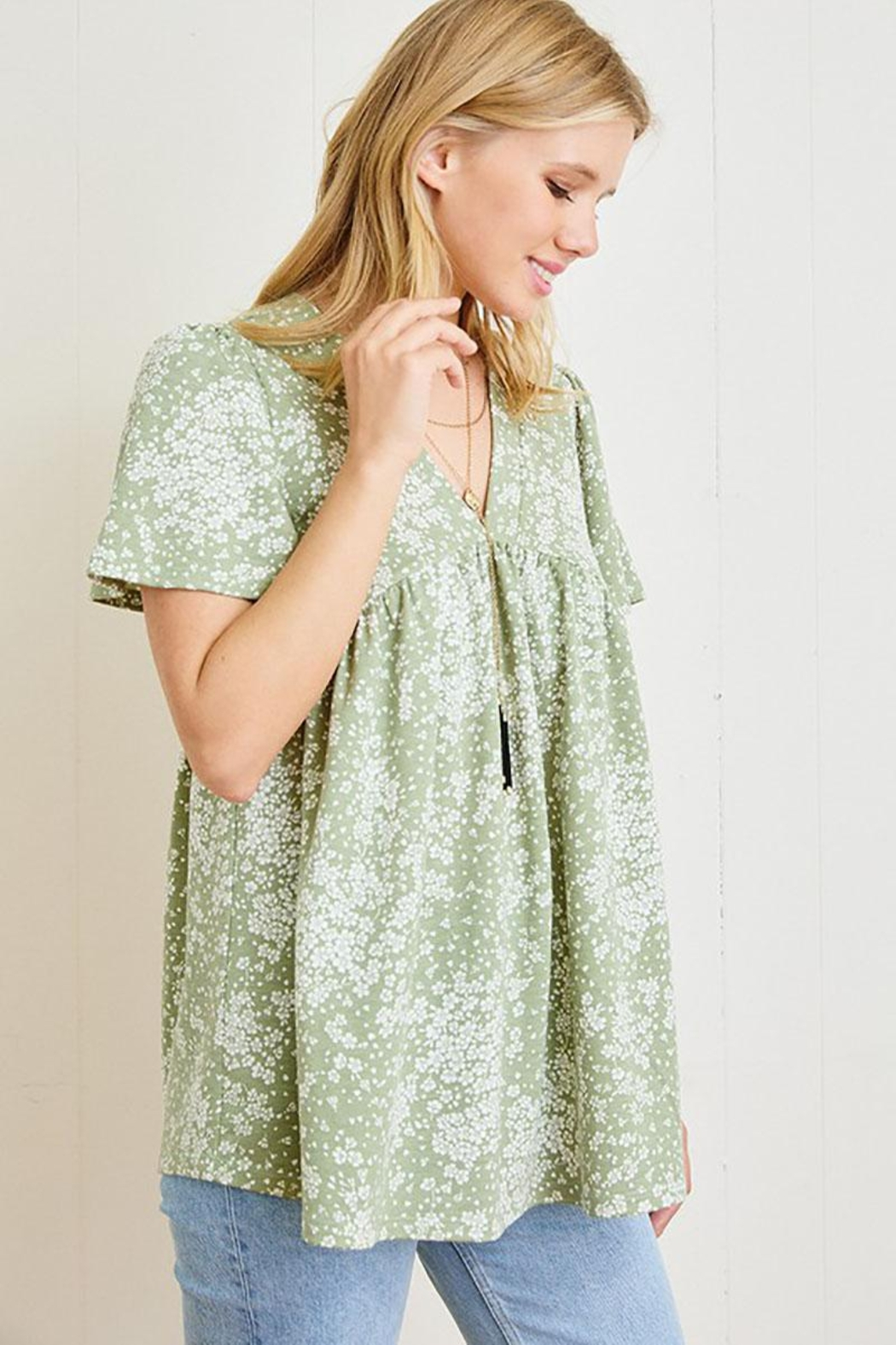 Mint Cloud Boutique Ditsy Floral Babydoll Tunic - Front Full Image