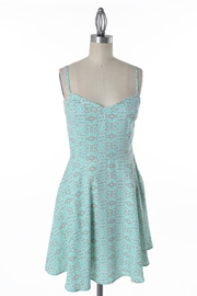 Comme Toi Minty Floral Dress - Front cropped