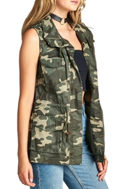 Minx Camouflage Utility Vest - Front full body