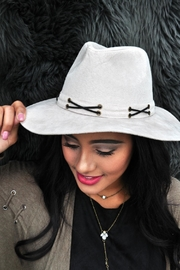 Minx Ivory Jameson Hat - Front cropped