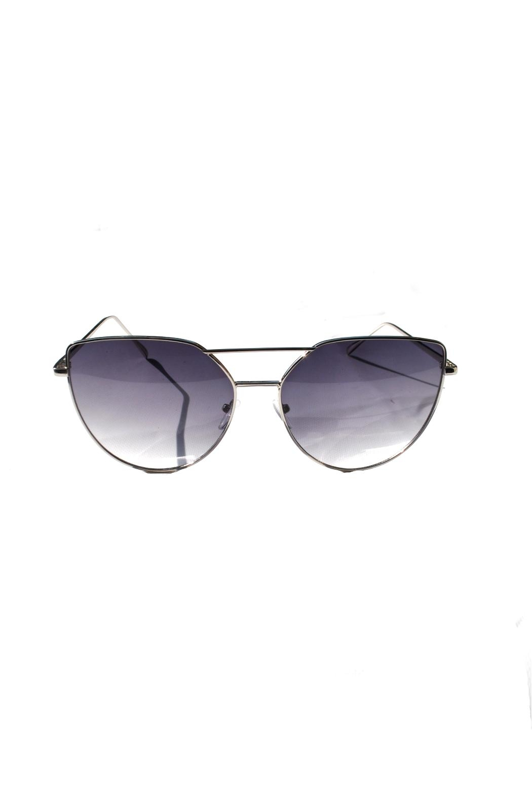 Minx Mod Star Sunglasses - Front Cropped Image