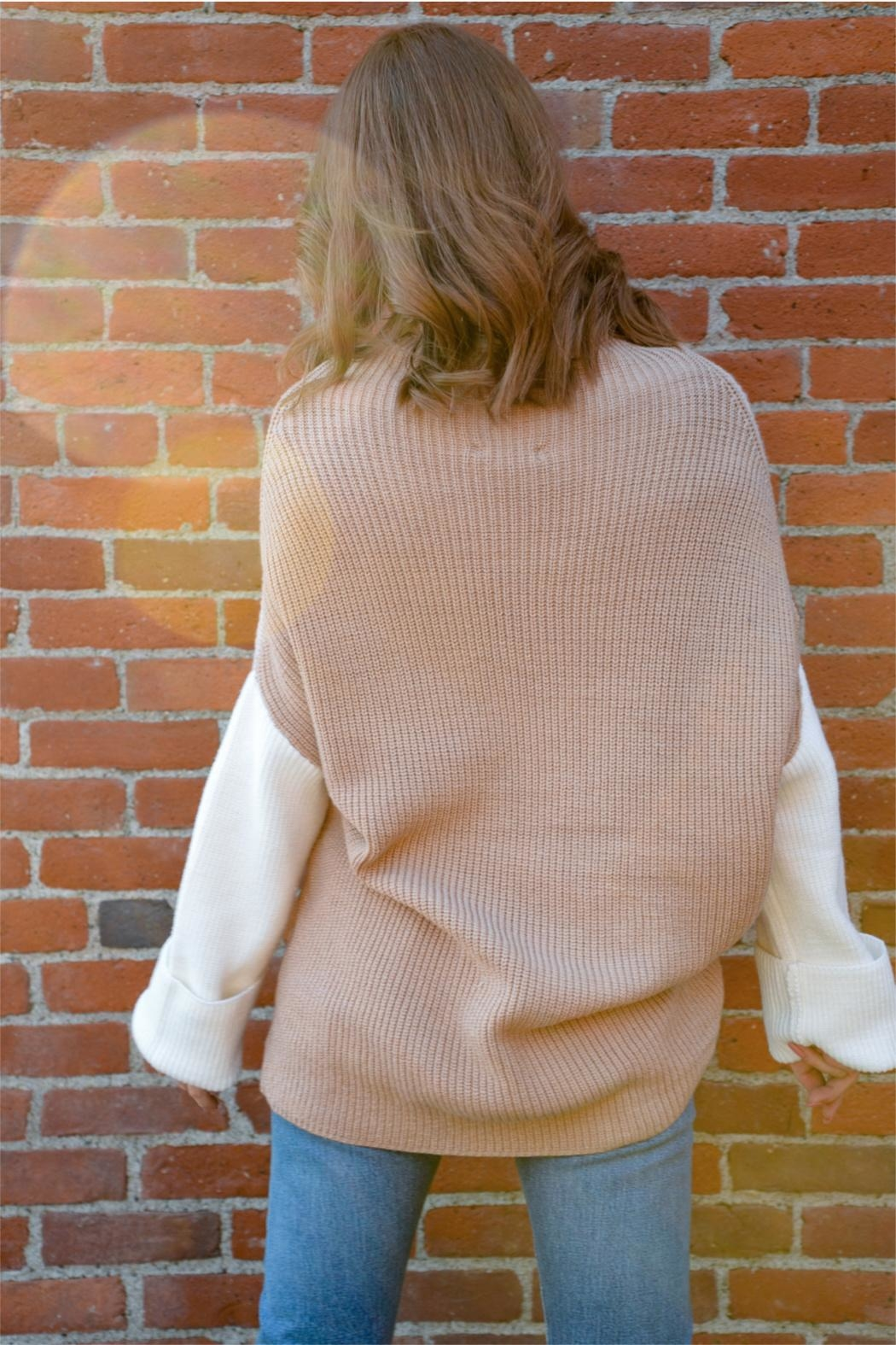Miracle Three Block Sweater - Side Cropped Image