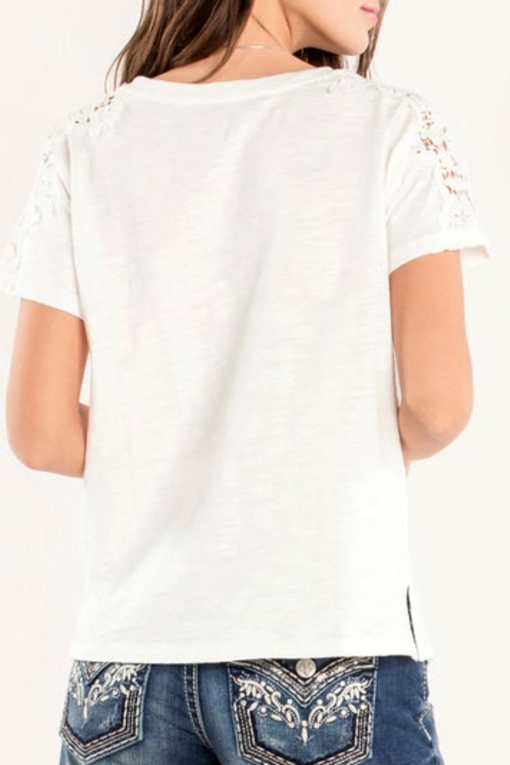 Miss Me Accent Shoulder Tee - Side Cropped Image