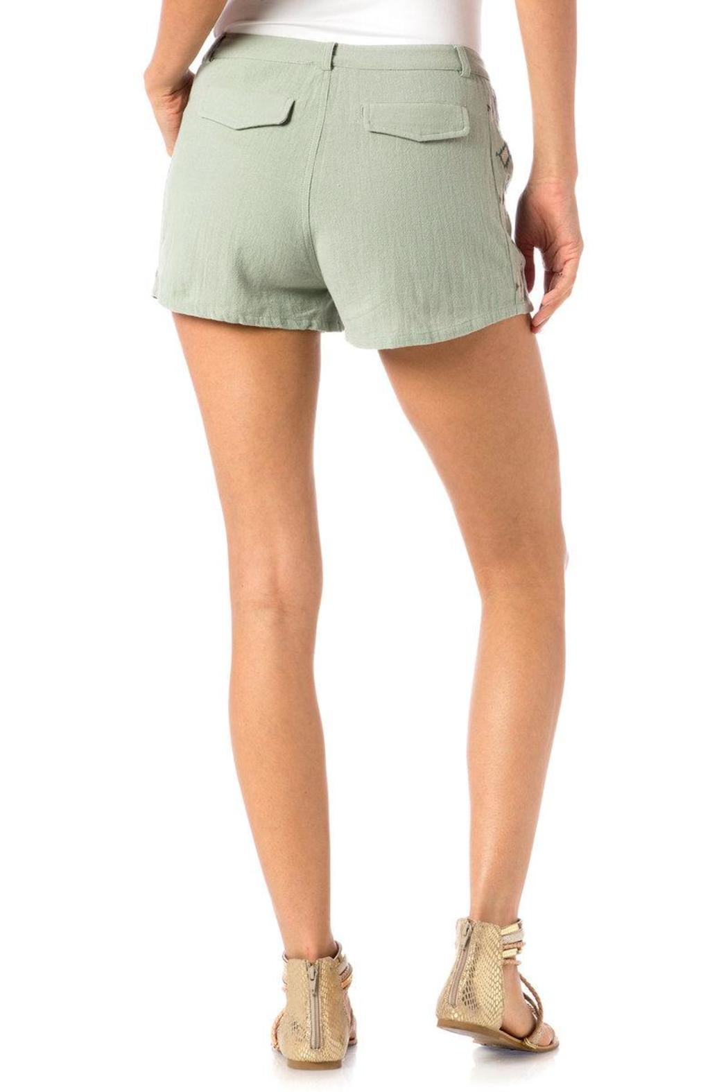 Miss Me Embroidered Trouser Shorts - Side Cropped Image