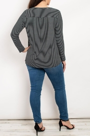 Mittoshop Black Ivory Top - Front full body