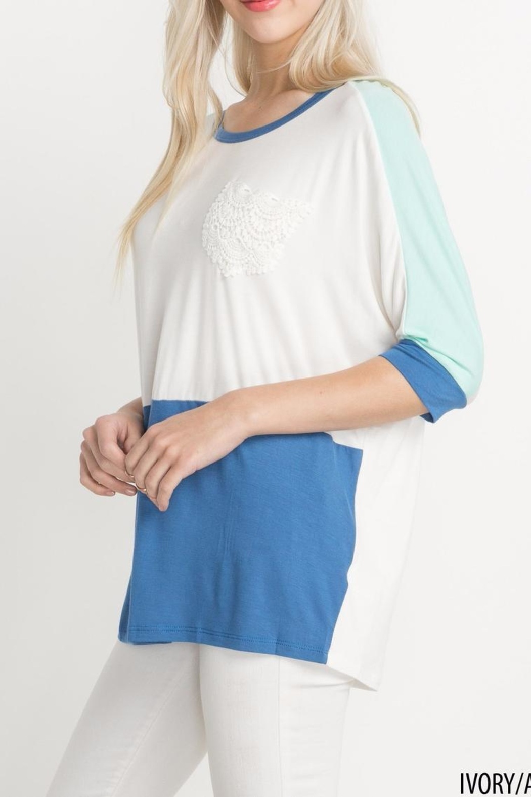 Mittoshop Colorblock Lace Longsleeve Top - Side Cropped Image