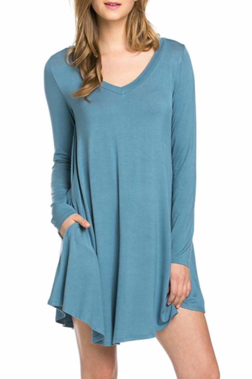 Mittoshop Perfect Pockets V-Neck Dress - Front Cropped Image