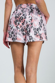 R+D  Mixed Leopard Short - Side cropped