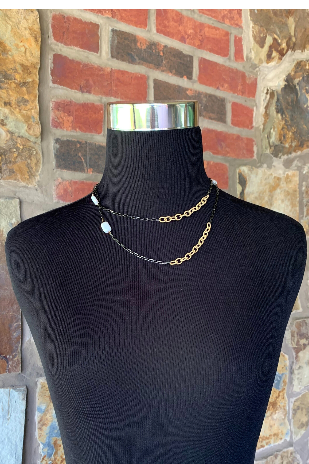 LuLuLisa Mixed Metal and Pearl Chain - Side Cropped Image