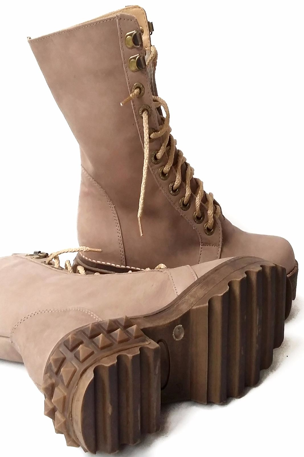 MIYE COLLAZZO Beige Combat Boot - Side Cropped Image