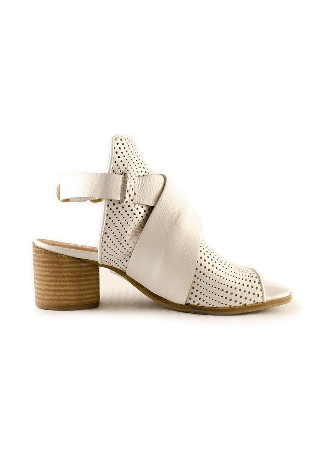 MJUS Mjus - White Sandal - Side Cropped Image