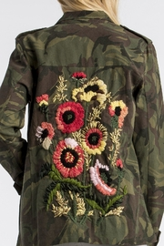 MM Vintage Floral-Embroidered Camo Military-Jacket - Side cropped