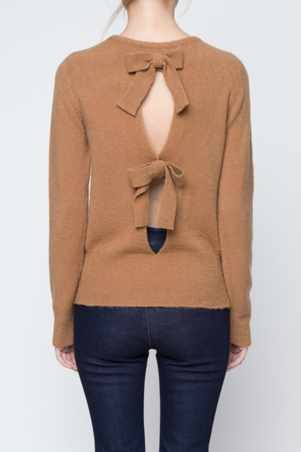 mo:vint Bow Back Sweater - Front Full Image