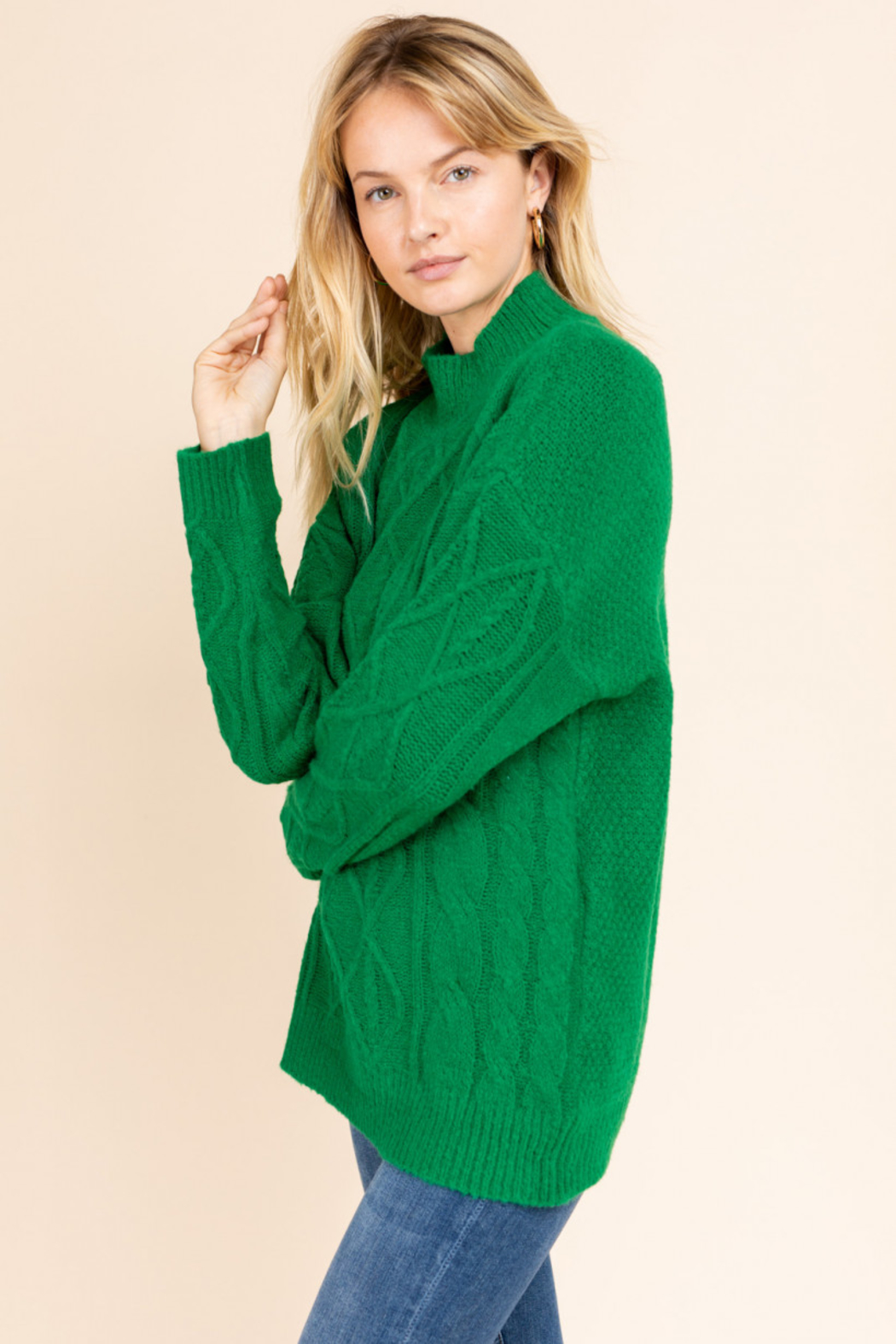 Gilli  Mock Neck Cable Knit Sweater - Side Cropped Image
