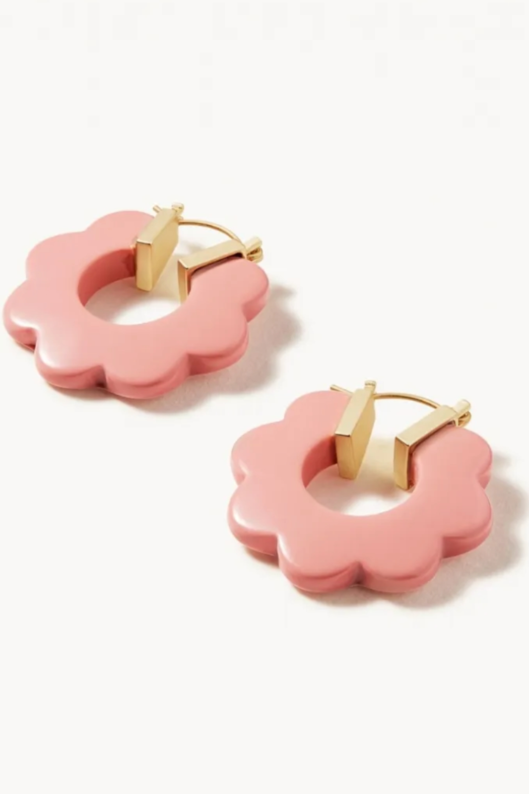 Spartina 449 Mod Daisy Hoop Earrings - Front Cropped Image