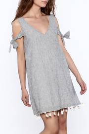 Mod Ref Grey Shift Dress - Front cropped