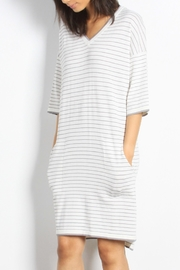Mod Ref Channing Striped Dress - Back cropped
