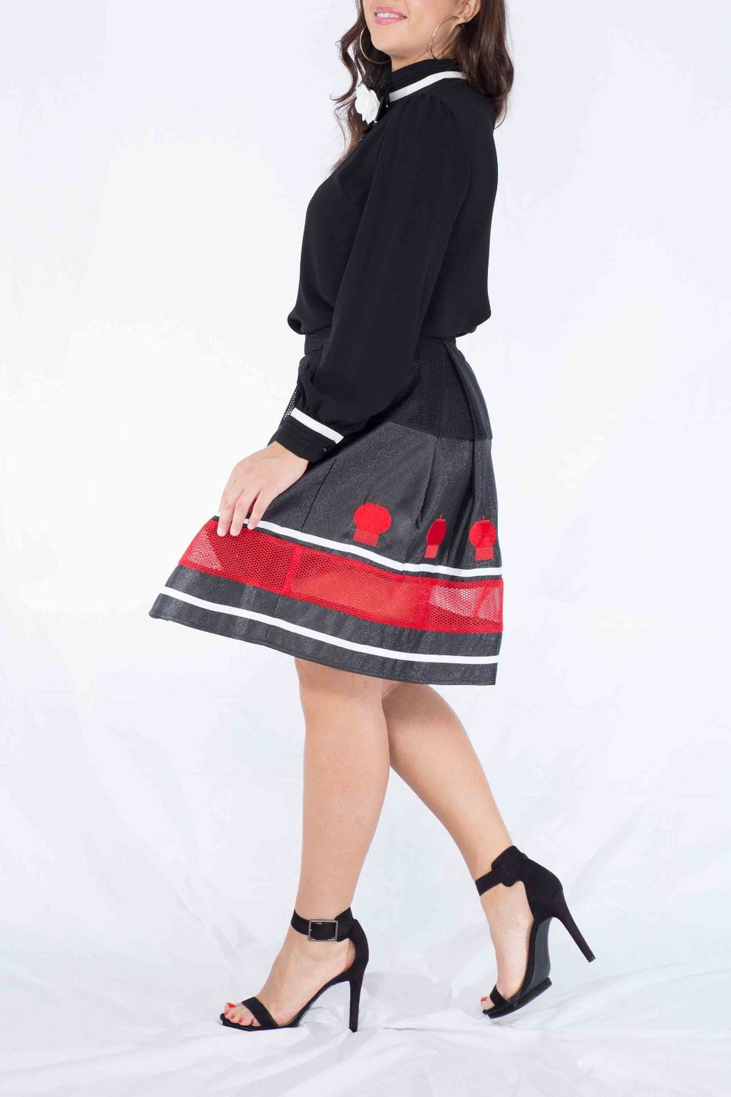 MODChic Couture Flared Lantern Skirt - Side Cropped Image