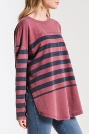 z supply Modern Stripe Crew - Side cropped