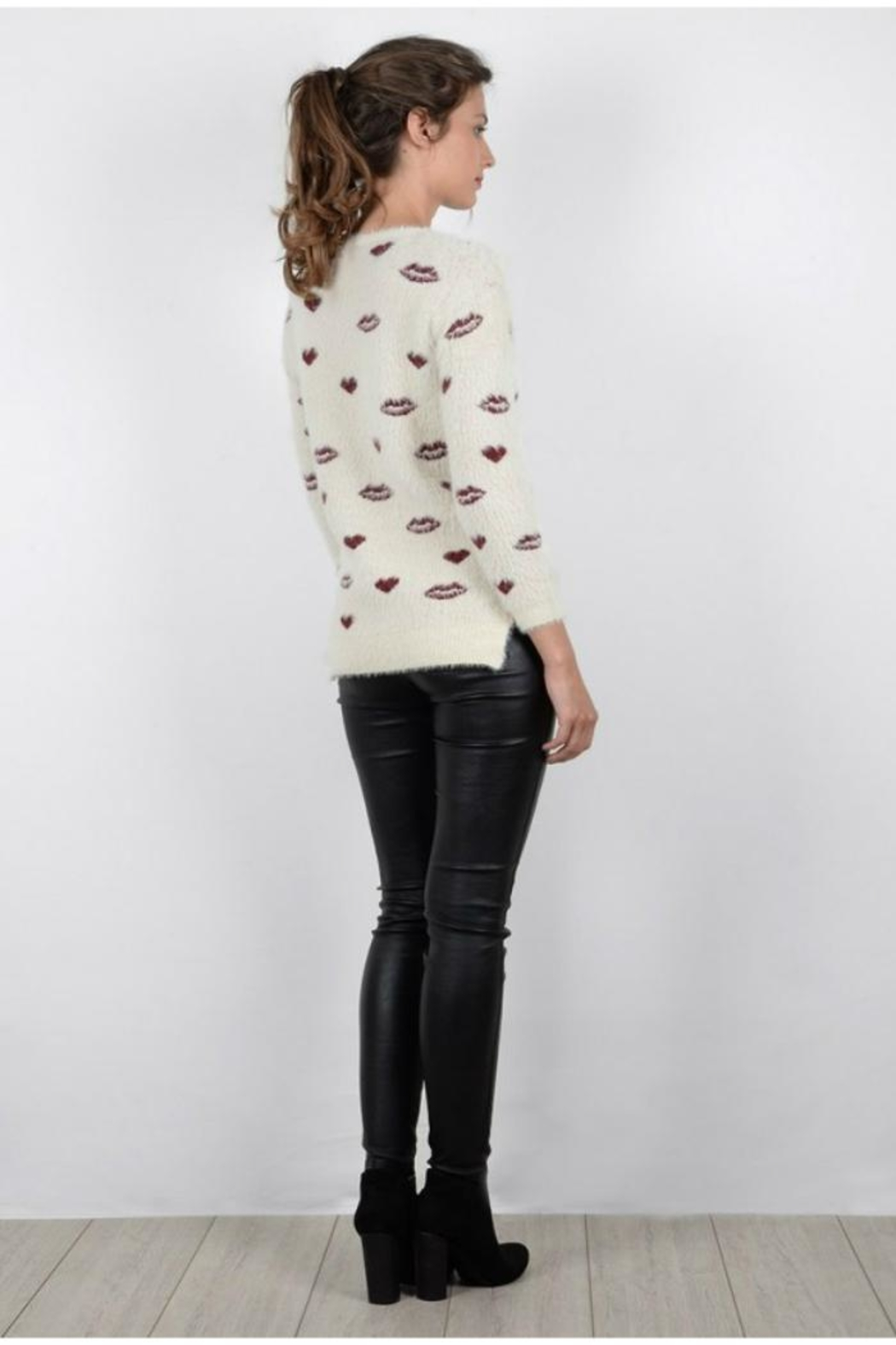 Molly Bracken Hearts Kisses Sweater - Side Cropped Image