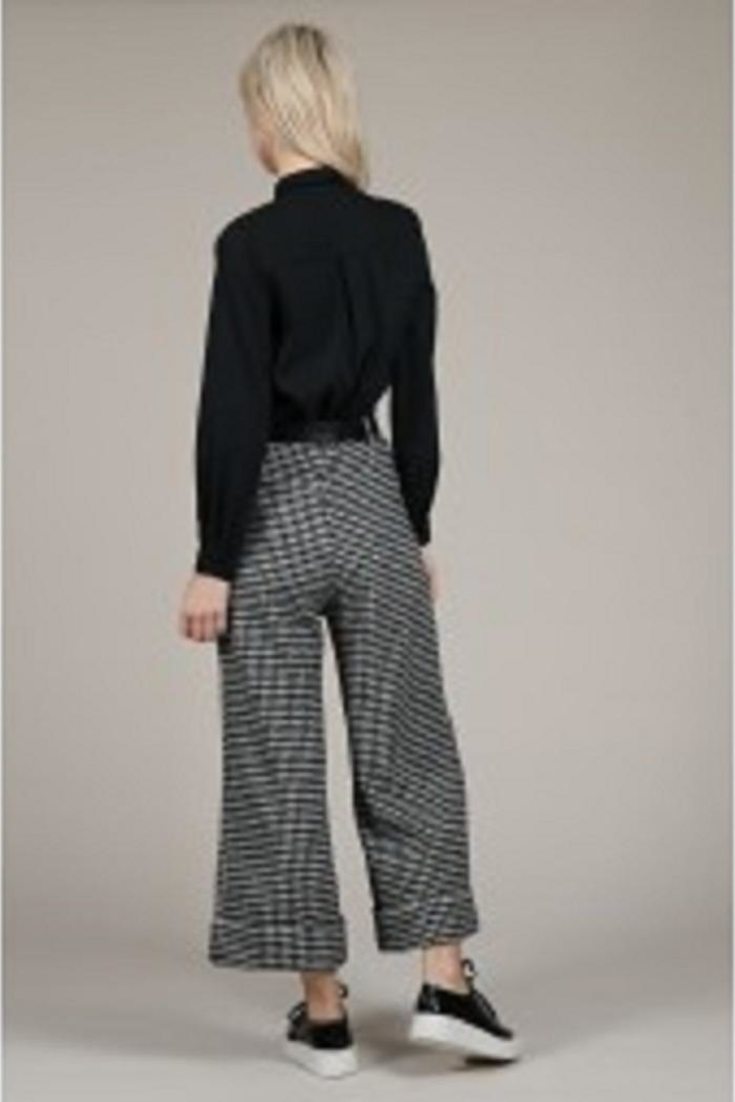 Molly Bracken Houndstooth Wide-Legged Pants - Front Full Image