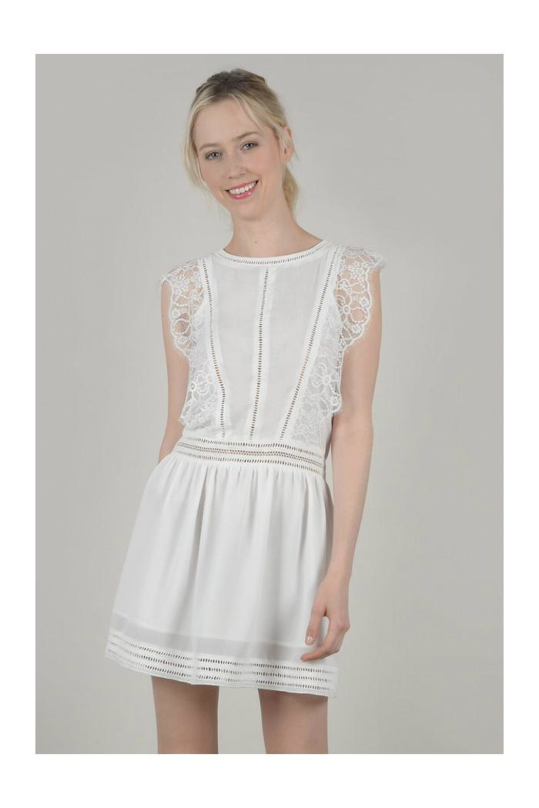 64729b02d5556 Molly Bracken White Lace Dress from Wisconsin by Tres Belle — Shoptiques