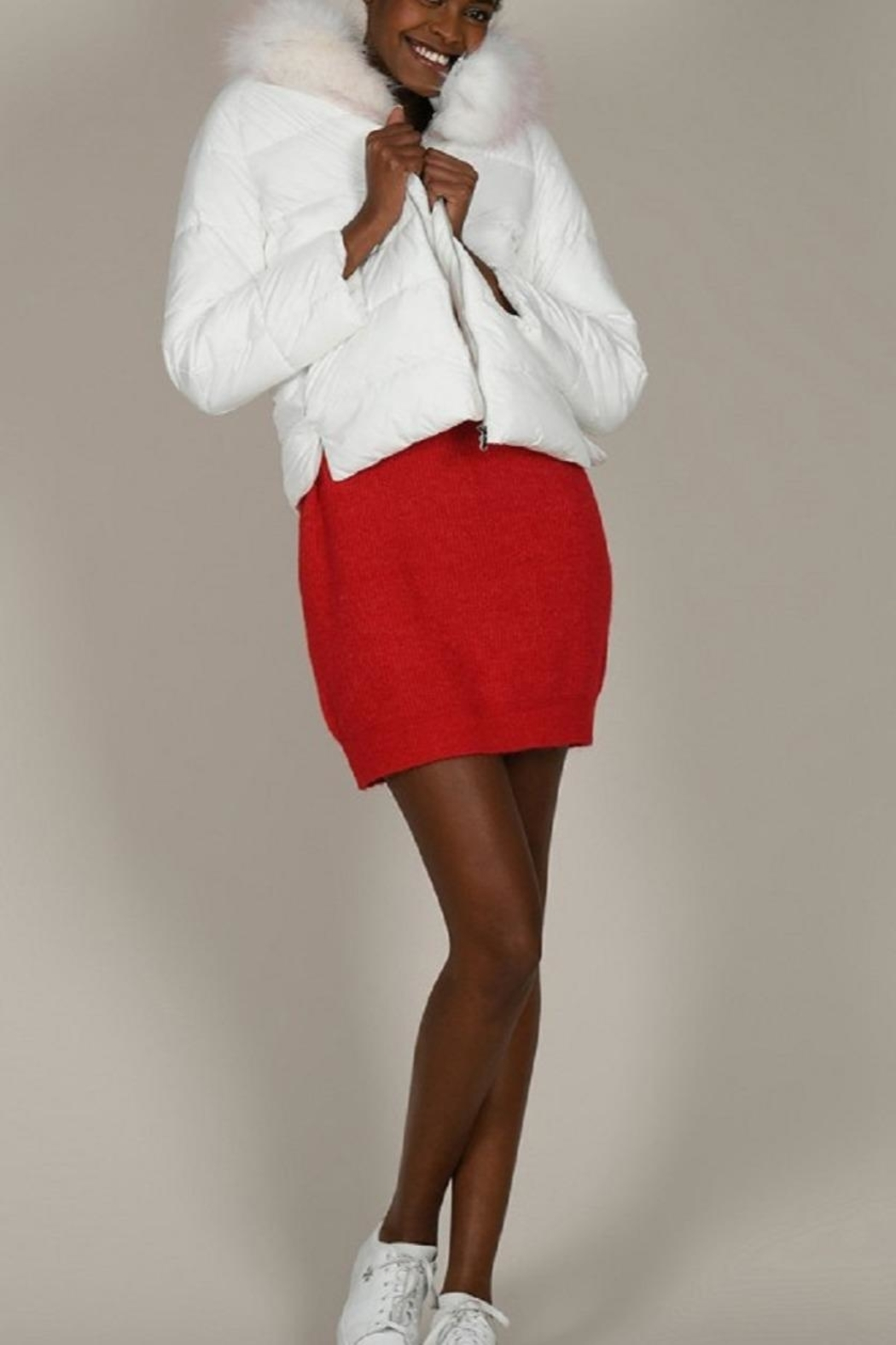 Molly Bracken White Puffer With Fur Trim - Side Cropped Image