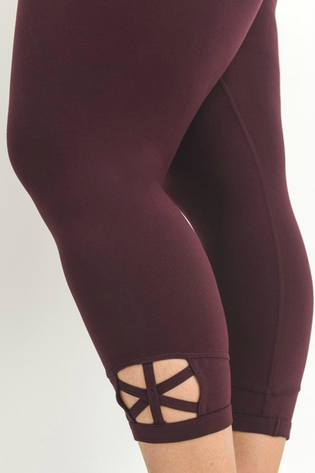 Mono B Criss Cross Legging - Back Cropped Image