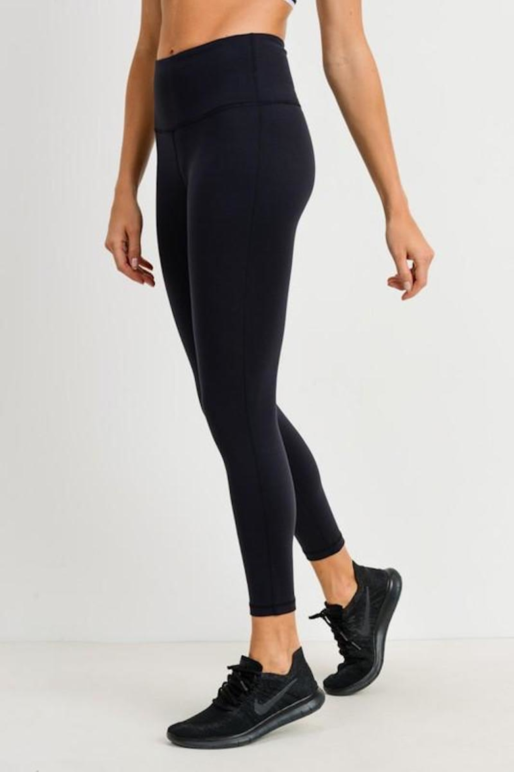 Mono B Essential Black Leggings - Side Cropped Image