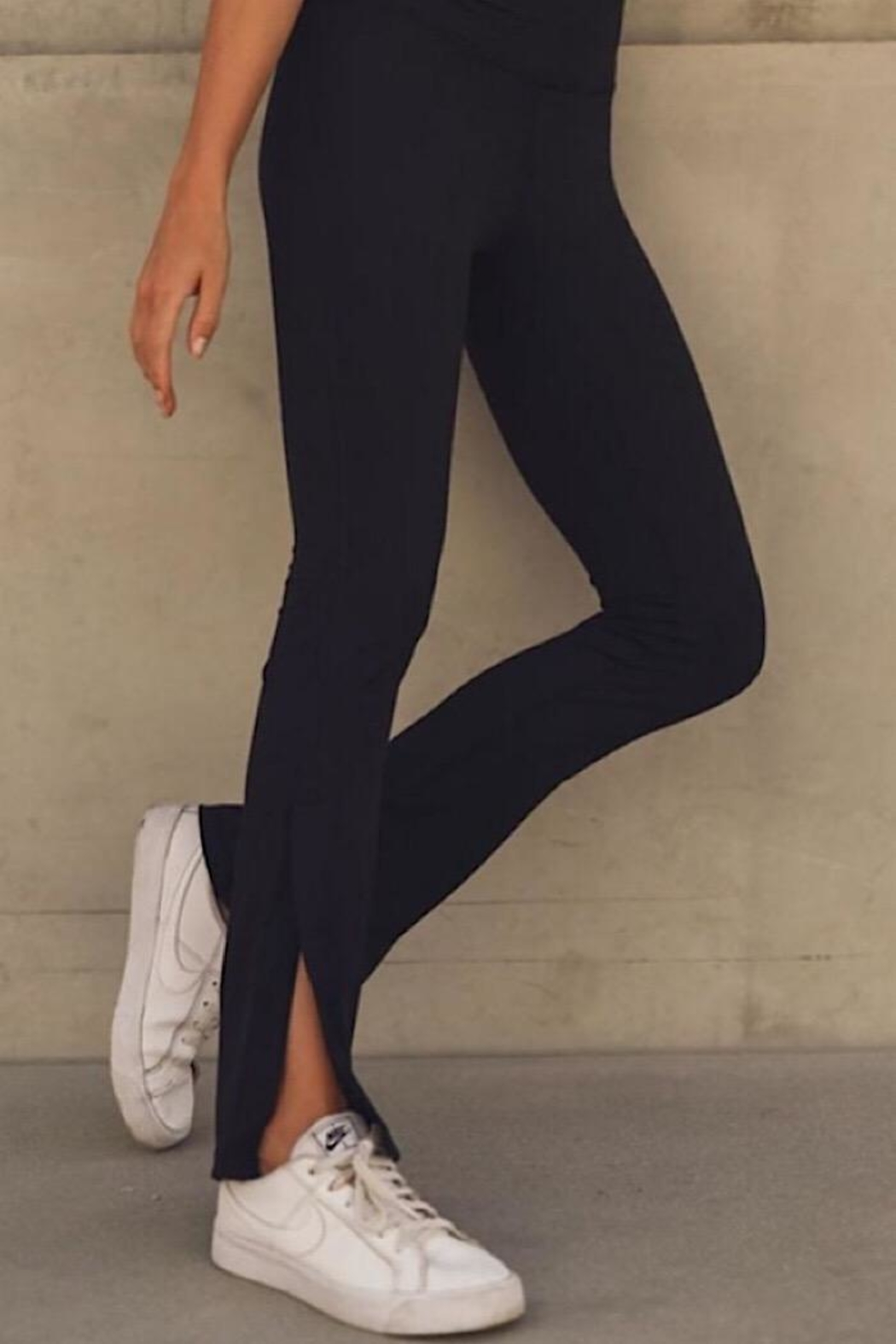 Mono B Flare Highwaist Leggings - Side Cropped Image
