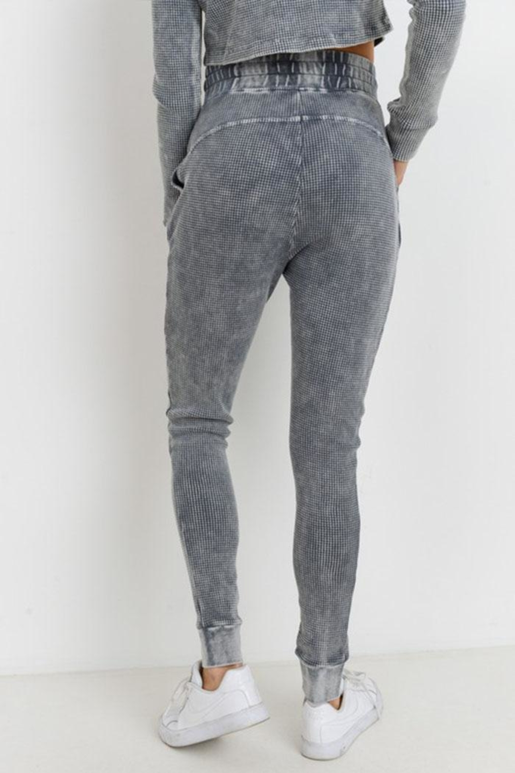 Mono B Grey Waffle Leggings - Side Cropped Image
