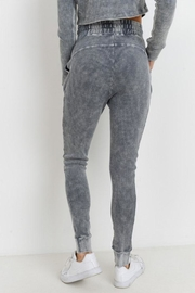 Mono B Grey Waffle Leggings - Side cropped