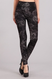 Mrena Monochrome Leaves Legging - Product Mini Image