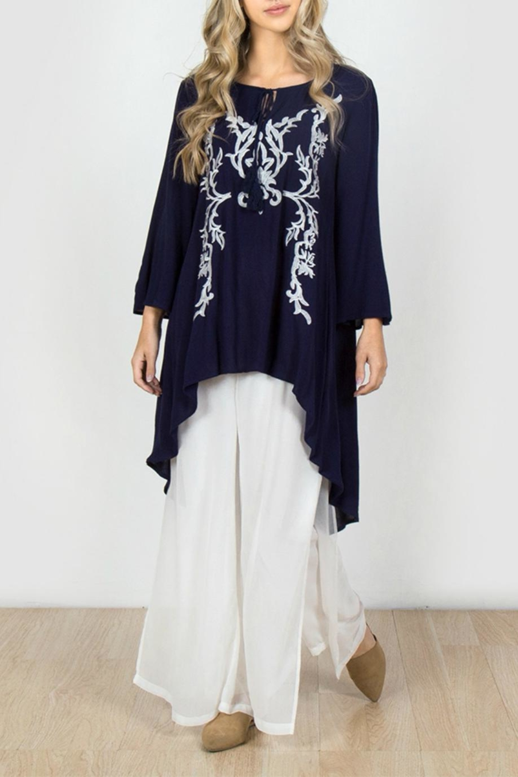 Monoreno Embroidered High-Low Tunic - Main Image