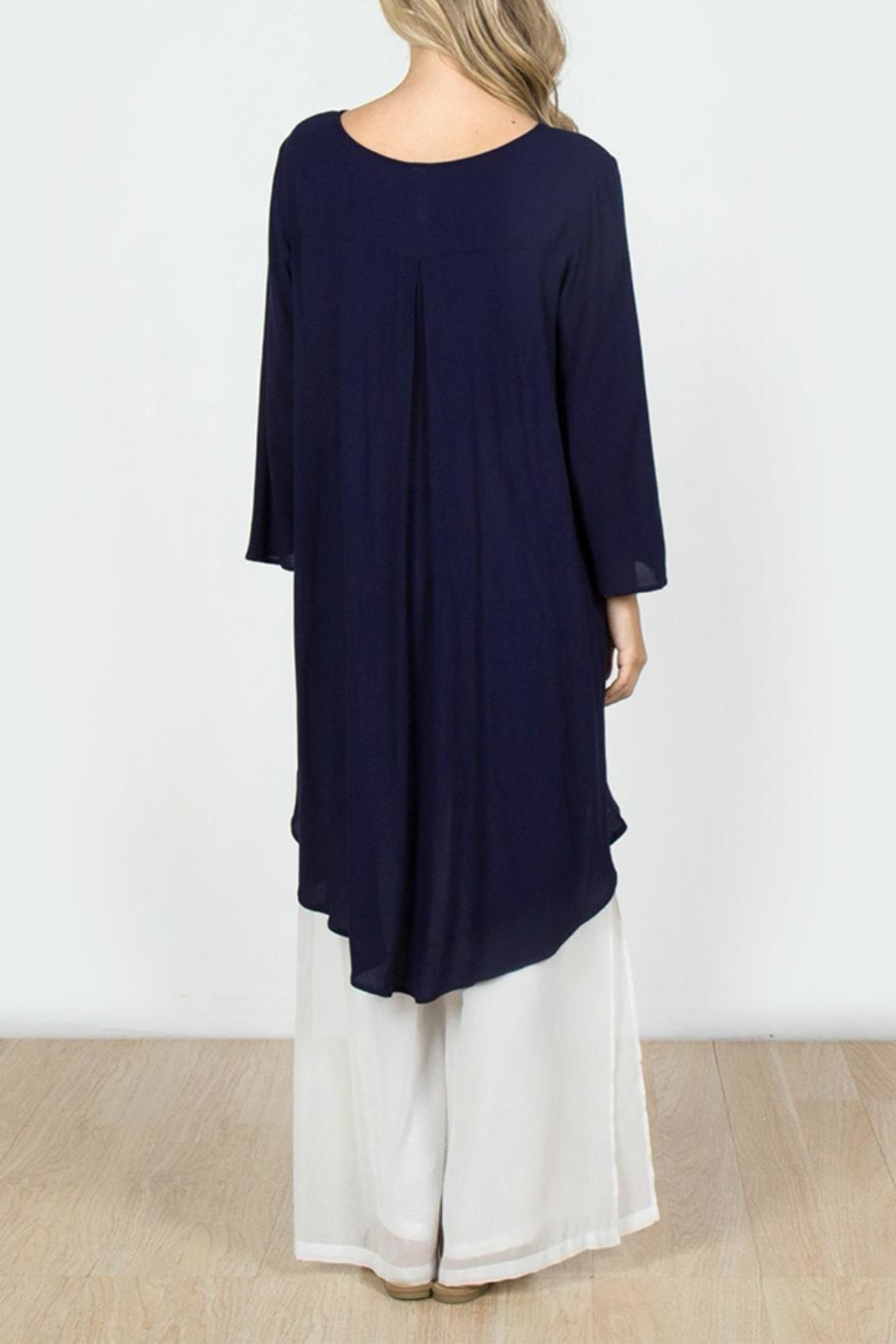Monoreno Embroidered High-Low Tunic - Front Full Image