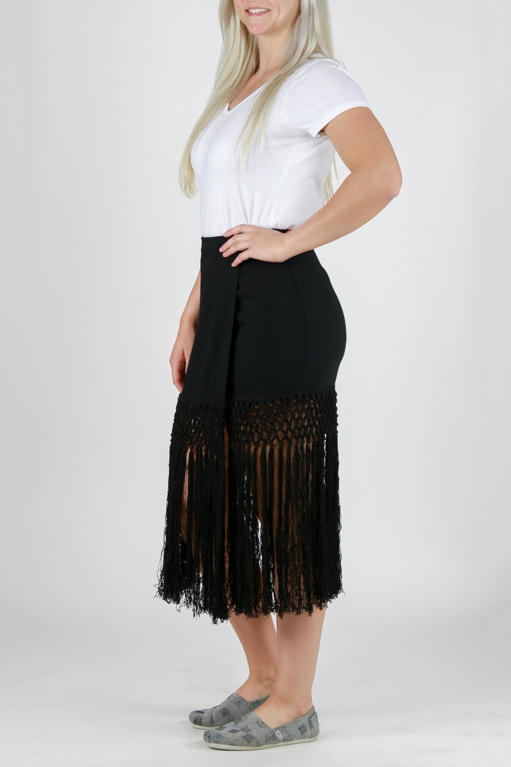 Monoreno Fitted Fringe Skirt - Back Cropped Image