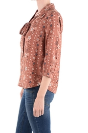 Monteau Floral Top - Side cropped