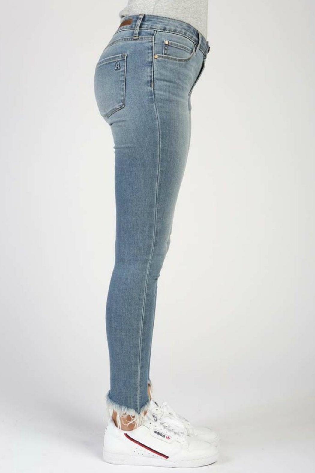 Articles of Society Montego Suzy Skinny-Jeans - Side Cropped Image