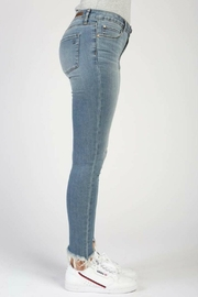 Articles of Society Montego Suzy Skinny-Jeans - Side cropped