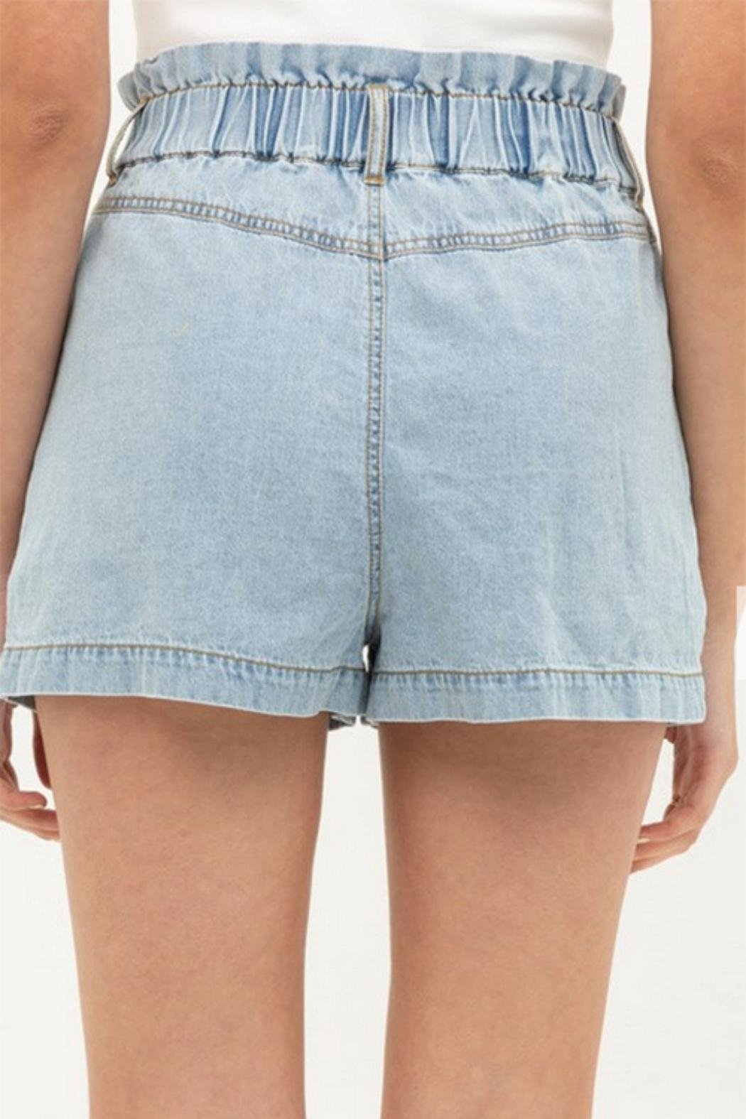 MONTREZ Buttoned Denim Shorts - Side Cropped Image