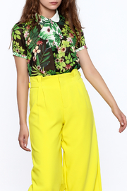 Moon Lightweight Floral Top - Product Mini Image