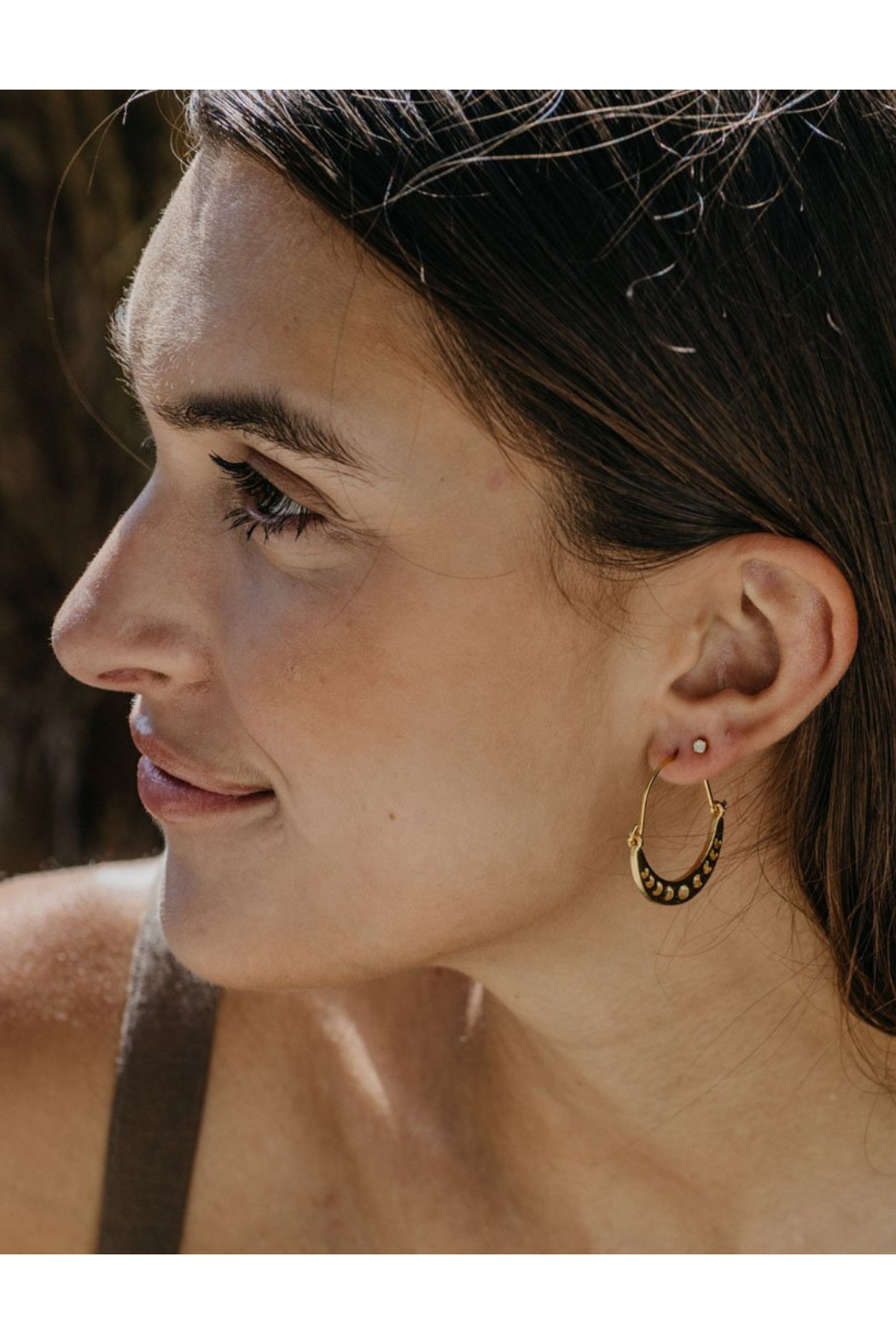 AMANO STUDIO Moon Phases Crescent Earrings - Side Cropped Image