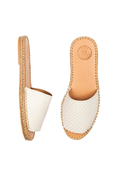 Morkas Shoes Slide White - Alternate List Image