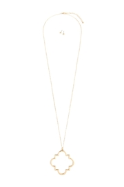 Riah Fashion Moroccan Pendant Necklace - Front cropped