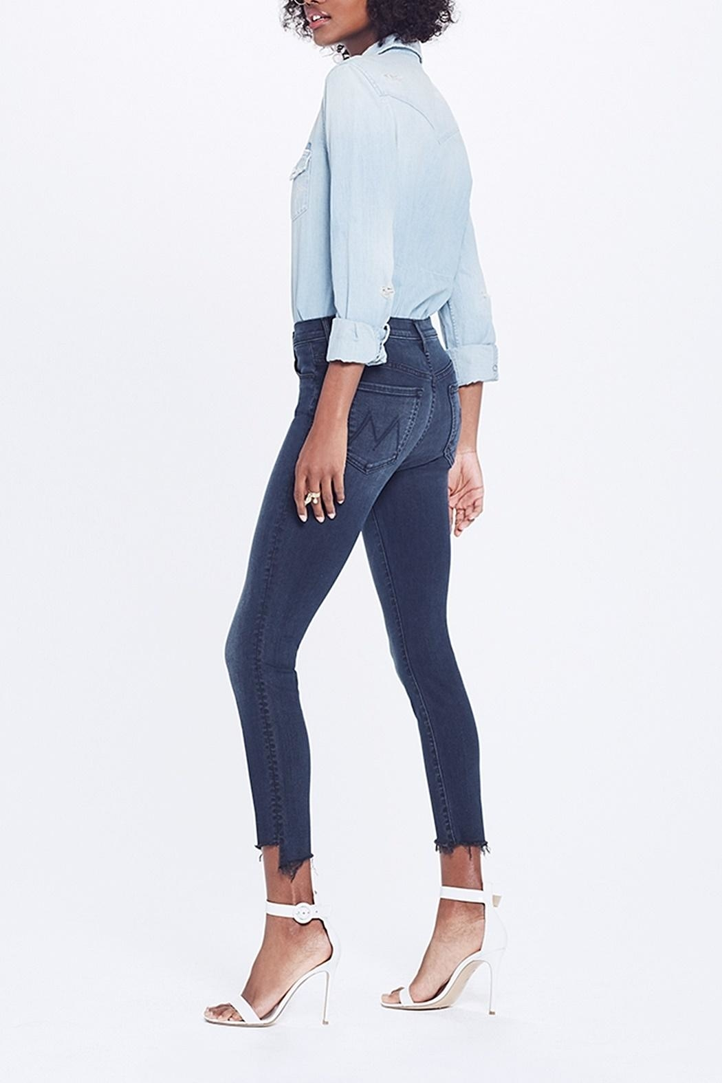 Mother Stunner Ankle Jean - Side Cropped Image