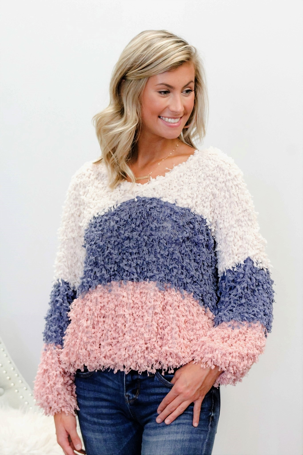 Blu Pepper Mountain Air Colorblock Sweater - Side Cropped Image