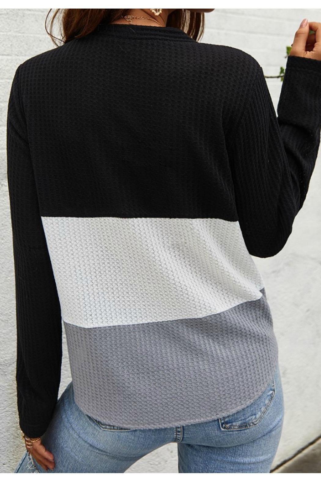 Mountain Valley Color Block Tie Top - Side Cropped Image