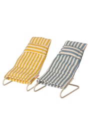 Maileg Mouse Beach Chair Set - Front cropped