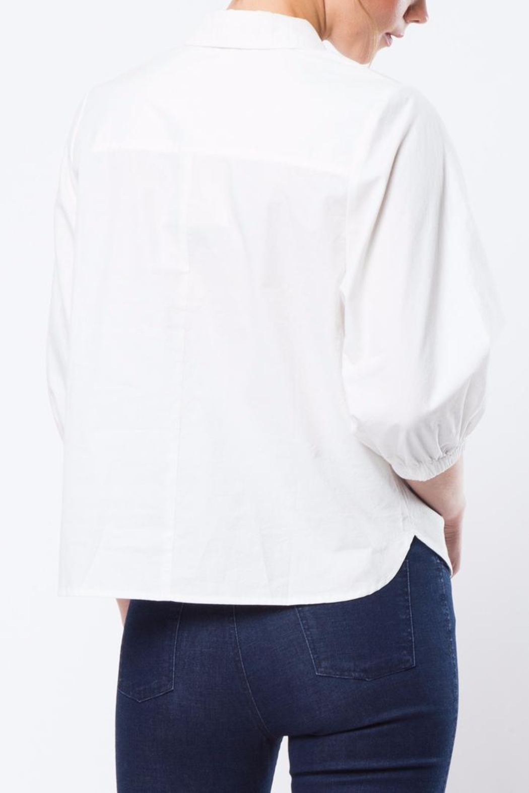 Movint White Kelly Top - Front Full Image