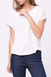 Movint Back-Hole Detail Top - Front cropped